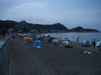 海水浴場と砂山と朝日と夕日